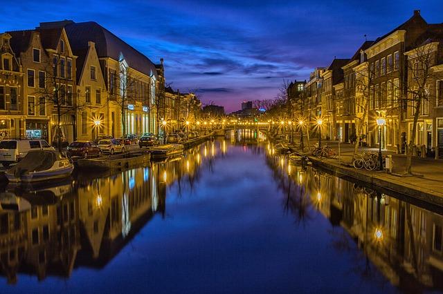 jasná a dokonalá fotografie města